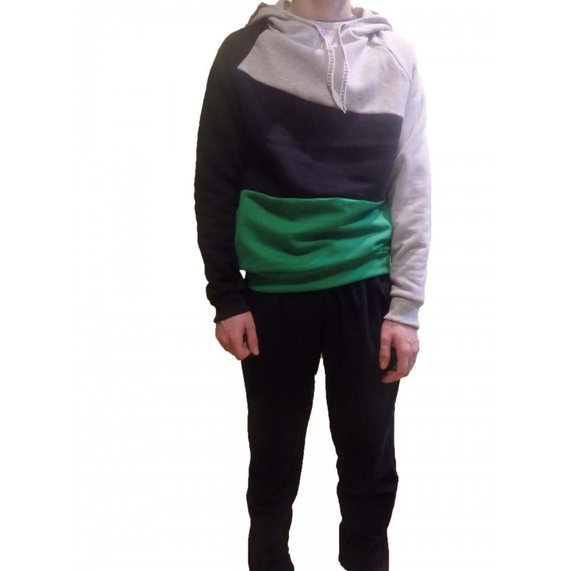 Pánska -chlapčenská tepláková súprava.Pohodlné tepláky vyrobené z  príjemného materiálu a trojfarebná mikina s kapucňou. Zloženie  90% Bavlna  +10%Pes. c6c5c17301